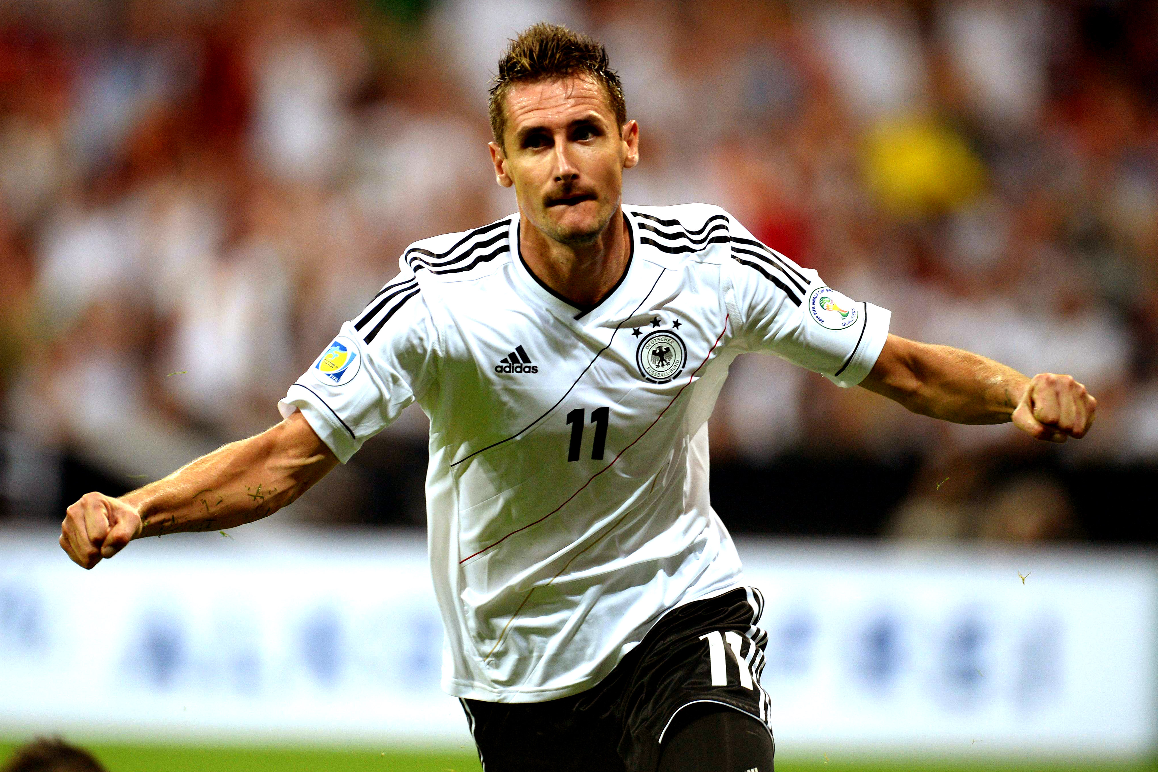 Miroslav Klose equals Ronaldo s record of 15 World Cup goals – My